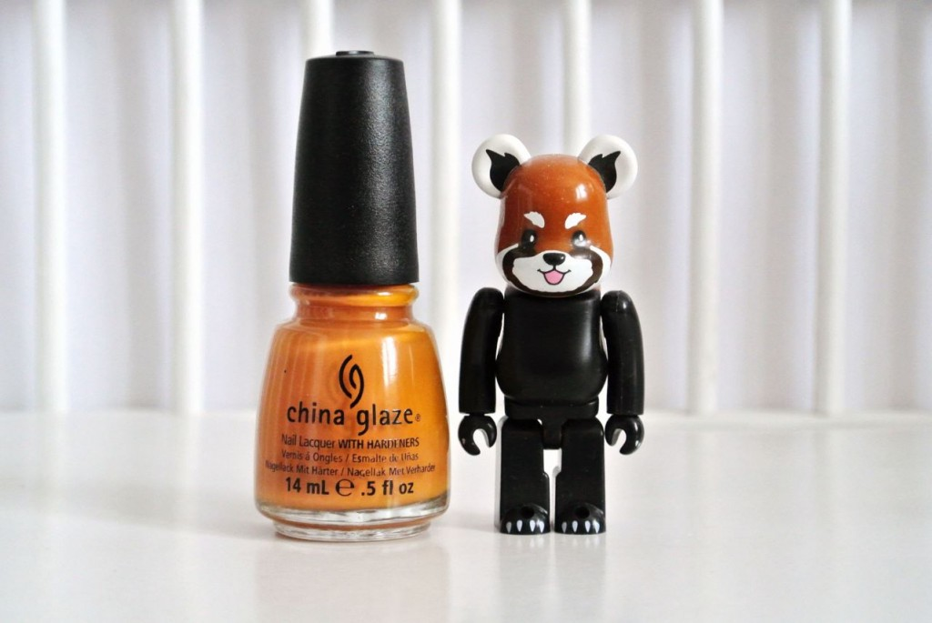 JANIS-EN-SUCRE-China-Glaze-caramel-01
