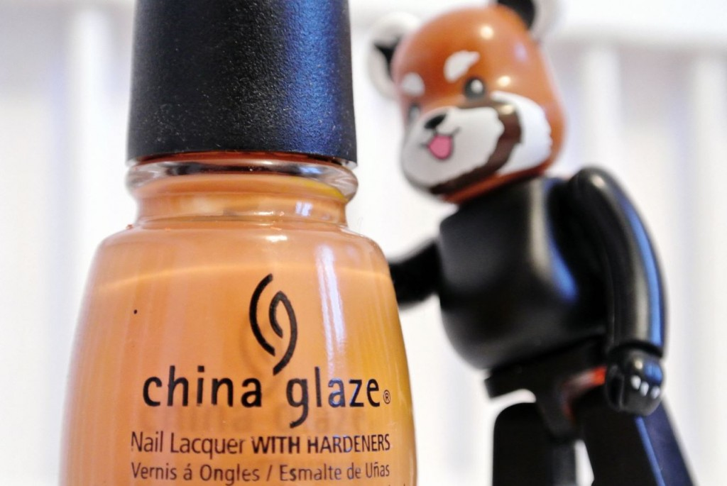 JANIS-EN-SUCRE-China-Glaze-caramel-05