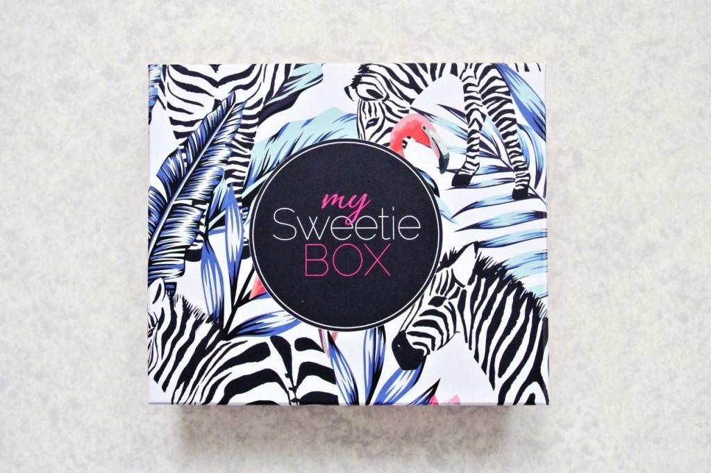 JANIS-EN-SUCRE-Sweetie-Box-Septembre2015-01
