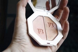 killawatt de fenty beauty l 39 highlighter qui envoie de la couleur. Black Bedroom Furniture Sets. Home Design Ideas