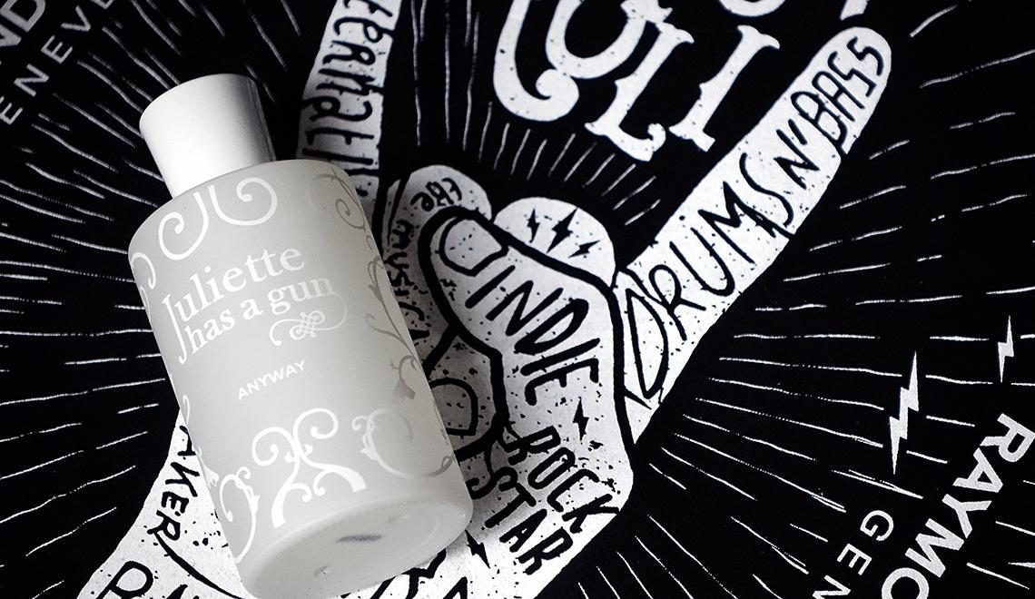 «Anyway» : le parfum des créatives, signé Juliette Has a Gun