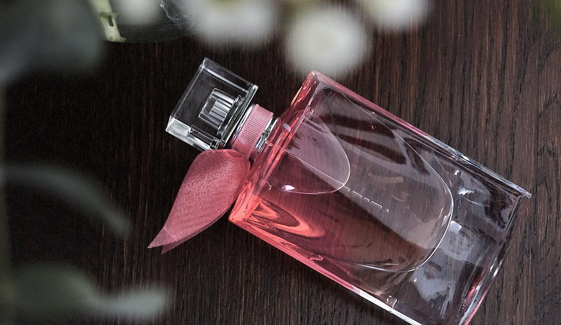 La vie est belle … en rose ! Le nouveau parfum de Lancôme (+ concours)