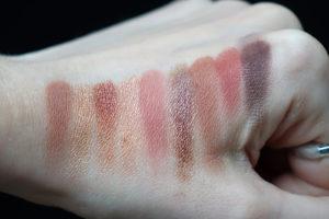 Test + swatches des palettes Nude de Huda Beauty - light et rich
