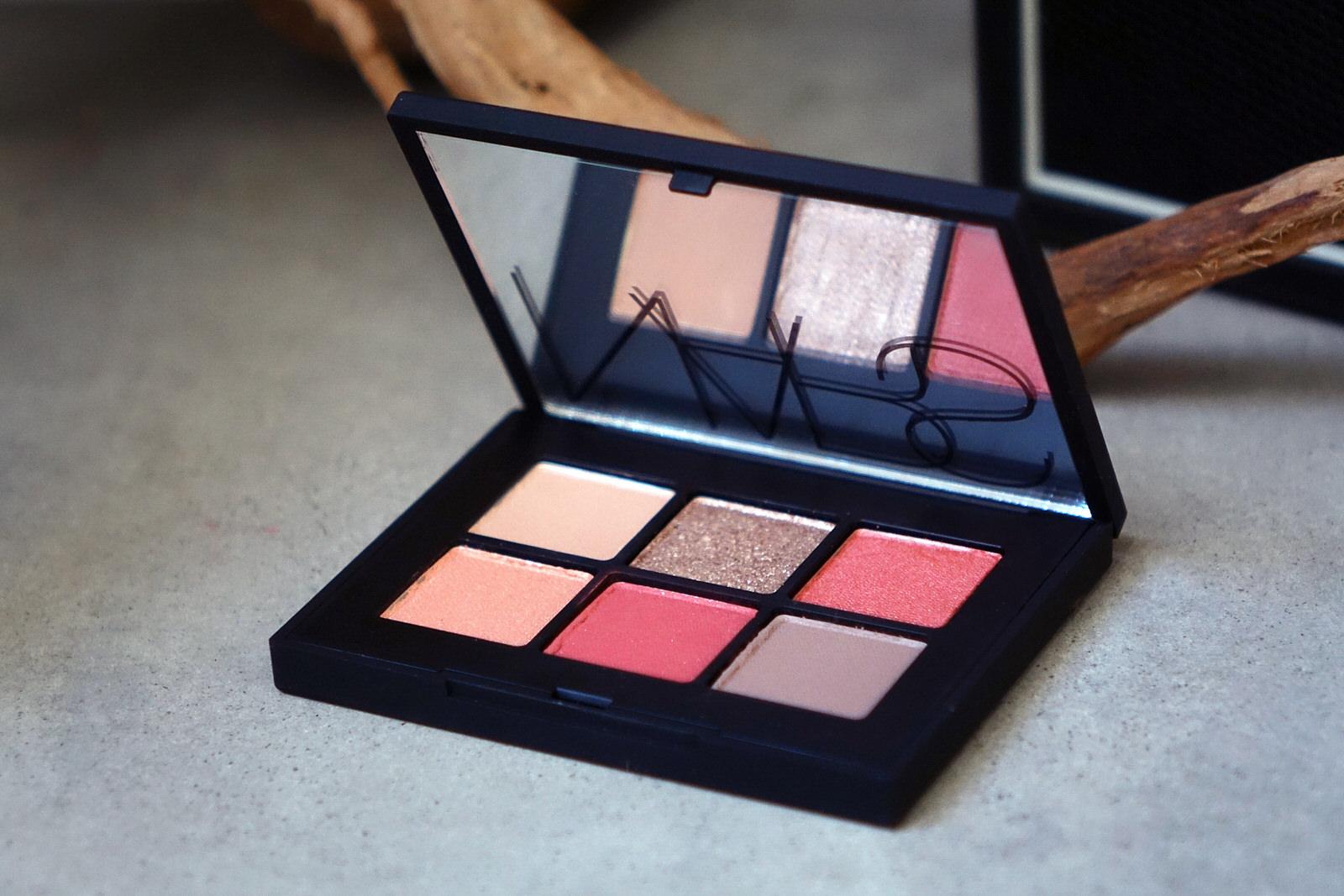 Voyageur Eyeshadow Palette de Nars - Hibiscus
