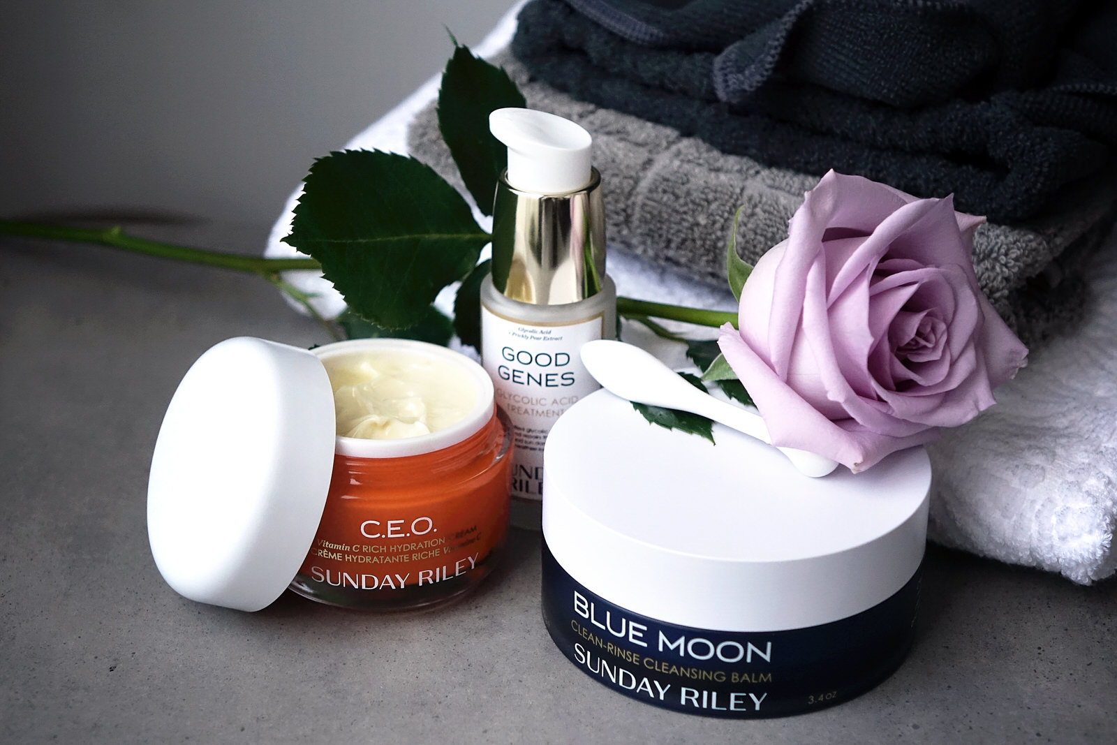 Test de la marque skincare Sunday Riley