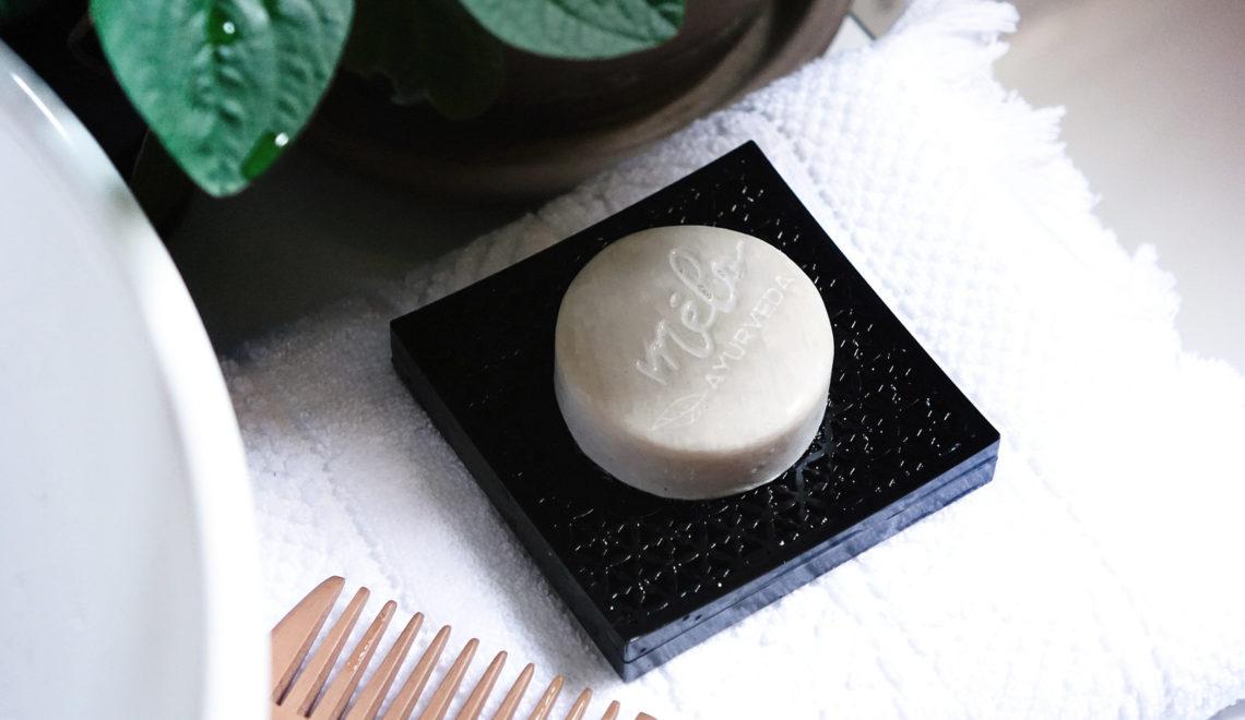 Ma révélation avec le shampoing solide «Melo Ayurveda»