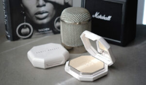Le fond de teint poudre mat Pro Filt'r Soft Matte Powder de Fenty Beauty
