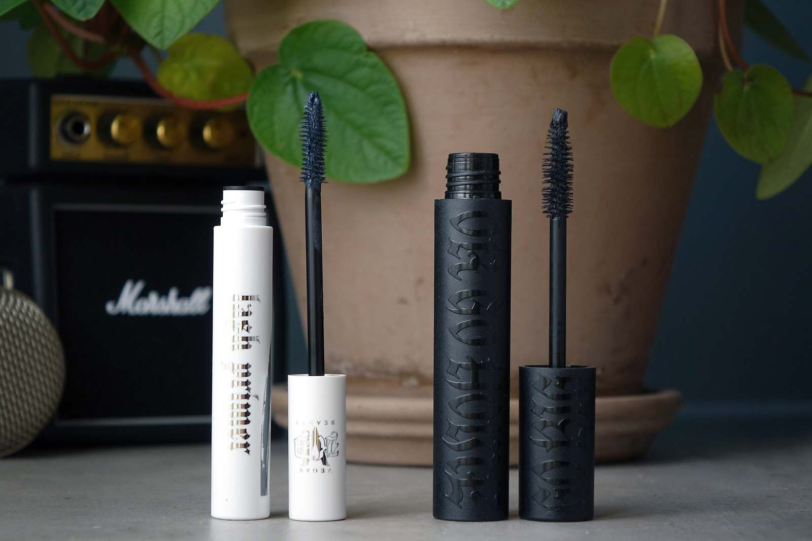 Un makeup glamrock avec les nouveautés KVD Beauty
